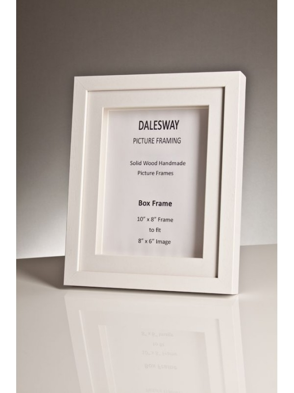 white stained wood box frame 20 mm x 35 mm deep including 2 white mounts